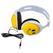 New Fashion And Cute Style Smile Face Headphone Earphones Headset For Computer For MP3 For PSP For DJ