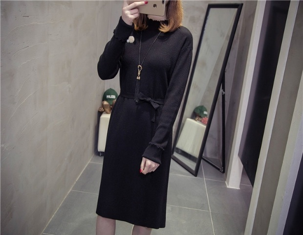 Fat younger sister new winter 200 jins fat mm long covered belly hidden meat in sweater knit dress render