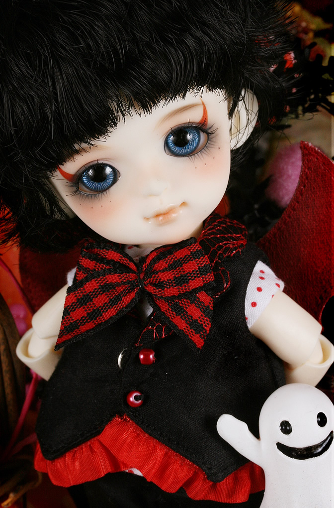 flash sale!free shipping!free makeup&amp;eyes!top quality bjd 1/8 baby doll lati Byurl Basic red little demon yosd hot toy kids<br><br>Aliexpress