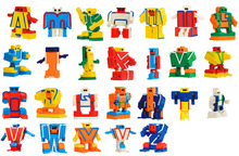 26pcs/set lowest price 5.5cm 26 alphabets robots smart king kong toys educational puzzle study toys children kids