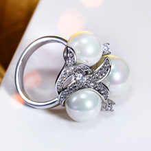 Pearl ring Costume jewellery 100% Top quality wholesale Cocktail Synthetic pearl rings for women Party Jewelry Wedding Ring(China)