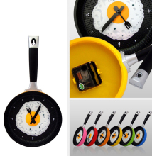 Fry Pan Kitchen Fried Egg Design Wall Clock Omelette Pan Wall Clock Home Decor Watch