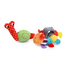 SKK baby manufacturers wholesale 0-1 year old baby toys wrist strap built-in rattling baby cotton socks(China)