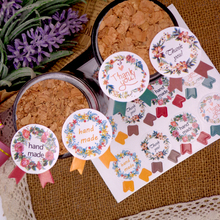 600pcs Flower Wreath Handmade and Thank you Stickers For Gift Tags, Goody Bags, Baked Goods, Soaps, Candles -Flower Seal sticker