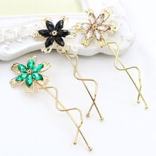6 Colors Beautiful Clear Rhinestone Flowers Gold Plated Twisted Hair Clips and Pins for Girls Women Hairgrips Headwear(China)