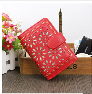Small hollow out women wallet Fashion European and American style wallet short pattern designed women purse card holder<br><br>Aliexpress