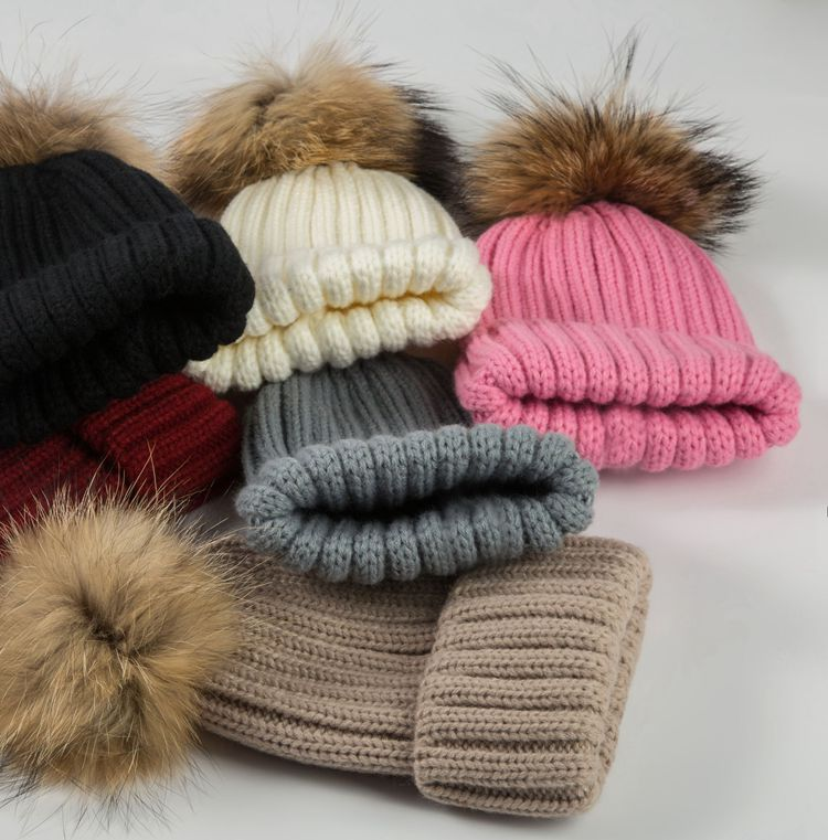 beanies with pompom thick (6)