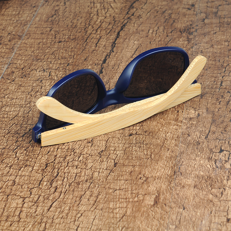 Deep Blue Plastic Polarized sunglasses women and mens (44)