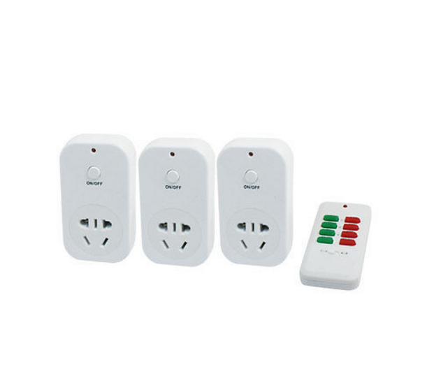 AC 220V 10A 2200W AU Plug to EU US Socket Remote Control Power Adapter 4 in 1<br>
