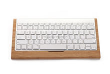 Samdi Wood Stand For Apple iMac Computer Bluetooth Wireless Keyboard Wooden Mobile Keyboard Holder Bracket for iphone7 6 5