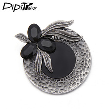 2017 New Hollow Round Antique Silver Plated Vintage Brooches & Pins Black Rhinestone Leaf Women Brooch Jewelry Christmas Gift(China)