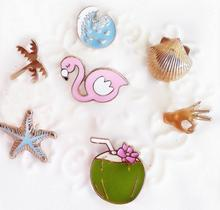 Timlee X129 Cartoon Bird Shell Seastar Coconut Tree Flamingo Cute Metal Brooch Pins Button Pins Gift Wholesale