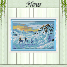 Horses running in the snow mountain,Counted Printed on fabric DMC 11CT 14CT Cross Stitch kits,Needlework Sets Embroidery,Animal