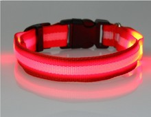 Hot Wholesale 2.0CM width LED light Pet collar With CR2016 batteries for Dog/ Cat Free shipping(China)