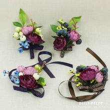 4pcs/lot ! Vintage Artificial flower berry bridal / Bridesmaid hand / wrist flowers wedding bride / groom corsages / brooch(China)
