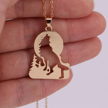 hzew hot sale Growling wolf in Grass pendant necklace wolf necklaces(China)