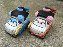 KK01--Pixar Car Movie 2 1:55 Metal Diecast OKUNI & SHIGEKO Geisha 2pcs Set Toy Cars New Loose
