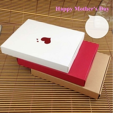 Kraft Gift Package Box For Mother's day Thermoprinting Gold Heart shape Pattern High Quality Display Boxes Accept Custom logo