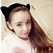 The new design of the cute cat ears headband warm offbeat knit hair band high quality pure hand woven headband