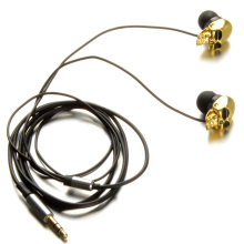 1pcs Hot Sale Unique Desgin 3.5mm In Ear Earphone Skull Stereo Headset For MP3 MP4 Smartphone D1072 P13 0.2