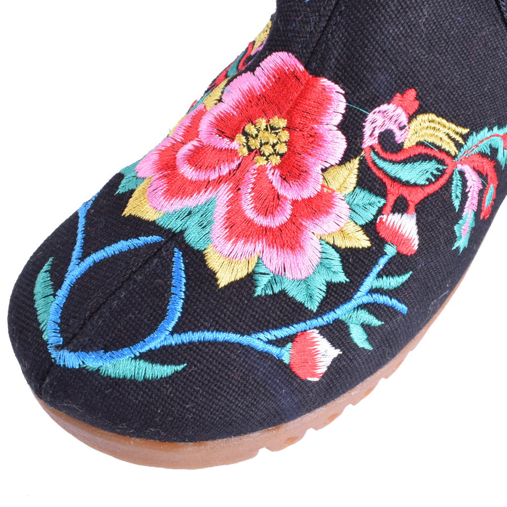 Women Flats Canvas Shoes Floral Embroidered Ladies Comfortable Cotton Platforms Zapato Mujer Unique Strap Ballet Woman