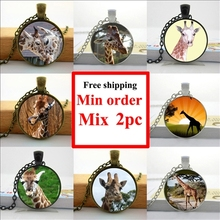 Wholesale Glass Necklace Giraffe Pendant Neckalce Funny Giraffe Jewelry Glass Photo Cabochon Necklace