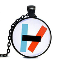2017 New Twenty One Pilots Alternative Band Blurryface Microphone Tag Glass Cabochon Tag Women mens