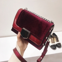 2018 Women's Small Velvet bag Over Their Shoulders High Quality Fashion Female Cross Body Chain Bags Red Balck Messenger Bag(China)