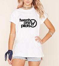 twenty one pilots Letters Print Women T shirt Black White Brand Street cotton short sleeve femme fashion clothing 2017 new