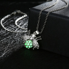 Fairy Glow in the Dark Silver Plated Luminous Stone Fly Grab with Round Ball Pendant Necklace Insect Jewelry