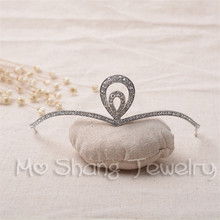 Indian Style Bridal Tiara Silver Plated Rhinestone Hairband Wedding Cake Princess Crown Photo Prop Wedding Hair Jewelry(China)