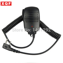 New 2 PIN Handheld PTT Speaker Mic Microphone For ICOM V8 F21 F11 V82 V85 F26 Radios 8mm With 3.5mm Earphone Plug free shipping