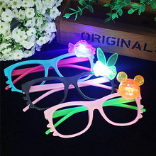 Random Color Hot Sale New Funny Glasses Gift Night Party Fancy Novely Shine Beach Sunglasses Holiday Party Favors Gifts