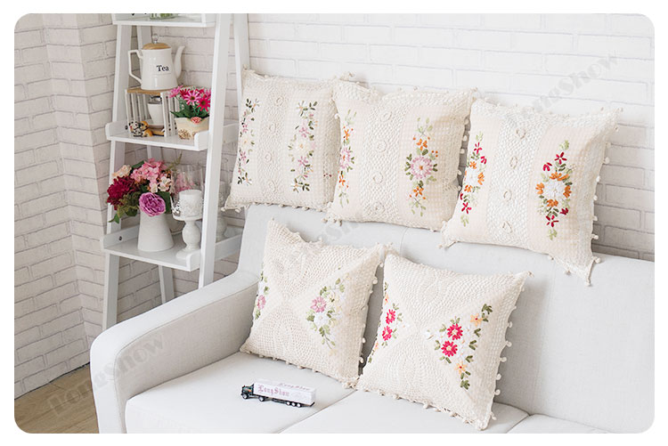 Pillow covers (5)