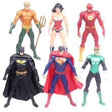 DC Comics Super Heroes PVC Figures Toys 6pcs/set Superman Batman Wonder Woman The Flash Green Lantern toy
