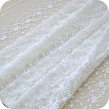 50cm x130cm Creamy White Net floral Symmetrical Positioning Embroidery Lace Fabric Fabrics of DIY webbing Cloth Materials