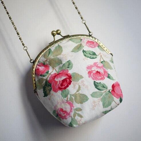 15 New Girl Rose Mori Chain Mouth Gold Mini Metal Frame Bag Bird Mobile Phone Card Key Womens Handbag Messenger Bag Cross-body<br><br>Aliexpress
