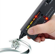 1pcs V2 Diamond Tester Gemstone Selector Jewelry Watcher Tool LED Diamond Test Pen(China)
