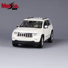 Maisto alloy car model 1:24 2011 Grand Cherokee simulation model Collection Lovers Diecast Toys Gifts for children
