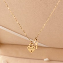 2016 new Fashion small Austrian Crystal Heart lock & key Pendant chains Women lady Necklaces & Pendants Collares christmas gifts