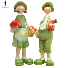 2pcs Country Lover girl boy Candy Resin Crafts Wedding Decoration Love Cute Couple Figurine Soft Adornment Home Decoration Gifts(China)