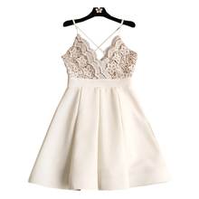 2017 new fashion Cute Sexy Halter collar with V cross stitching lace dress dress white pleated drees
