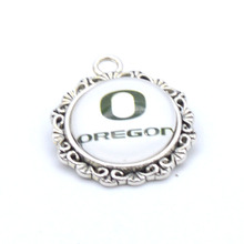 Pendant Accessories NCAA Oregon Ducks Charms Accessories for Bracelet Necklace for Women Men Footbal Fans Paty Fashion 2017(China)