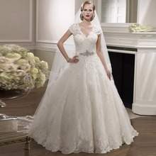 2017 Alice Girl Ball Gown Short Sleeve Beaded Lace V Neck Bridal Dresses New Designer Wedding Gowns Robe De Mariage