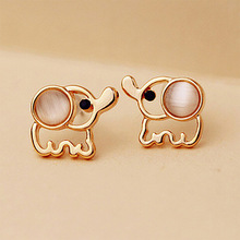 Women Men Gold Elephant Stud Earrings White Pink Rhinestone Cat Eye Stone Opal Earring Ear Jewelry Accessories Pendientes