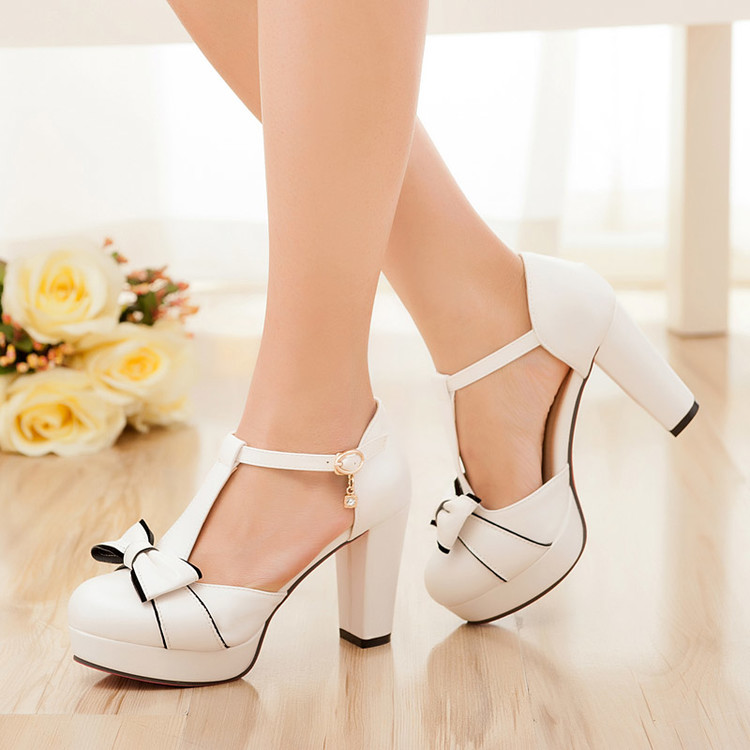 2016 New Fashion Womens Shoes High Heels Thick Small Code 32 33 Shoes Baotou Sandal Bow Korean Women Shoes Pumps Plus Size 43<br>
