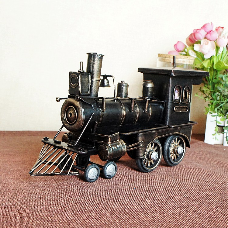 Vintage Train Head Model Metal Iron Black/ Red Simulation Train Model Steam Engine Crafts Decoration 1384<br>