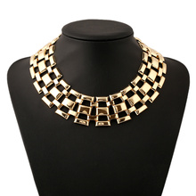 Hot Marketing New Luxury Gold Lattice Collar Necklace Female Fashion Charming Banquet  Jewelry