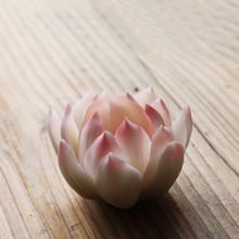 Ceramic creative household adornment furnishing articles Lotus pet boutique tea tea products(China)