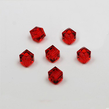 Hot Fashion Approx 20Pcs/lot Big Red Square Glass crystal Beads 6*6mm BBA007-03(China)